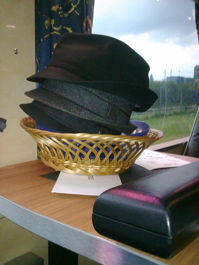 Gentleman Hüte und mein Flöten-Case