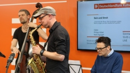 manhattan.radio.trio bei der Leipziger Buchmesse für DLF KULTUR